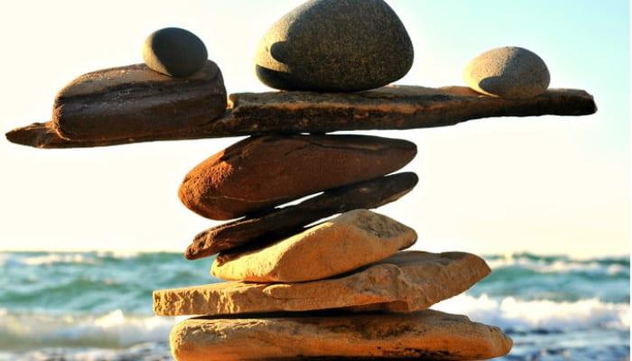 Balancing Bluffing Ranges